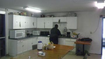 Old Kitchen4